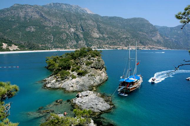 Магичниот турски брег