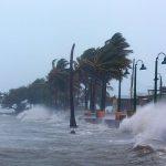 Како ураганите ги добиваат имињата?