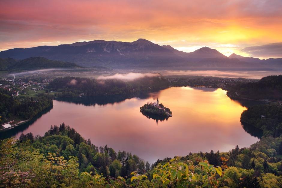 Езерото Блед – бисерот на Словенија!