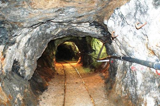 Кристалната Пештера во Дебар