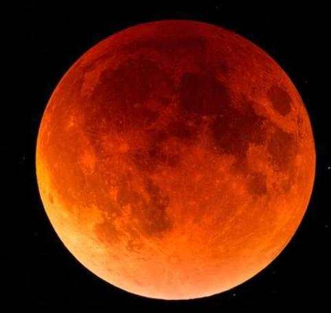 Вечерва ќе имаме можност да го набљудуваме најдолгото затемнување на Месечината за 21-виот век!