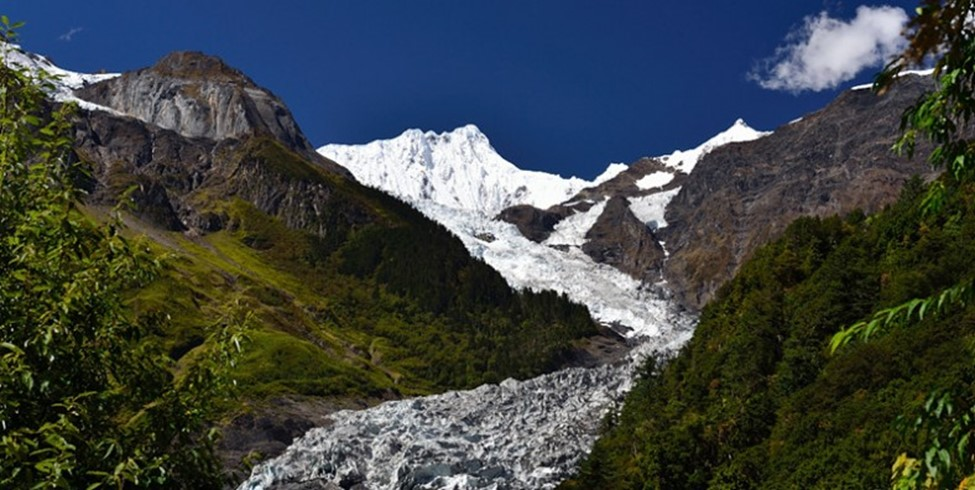 Глечерот Мингјонг во Тибет се топи со огромна брзина!