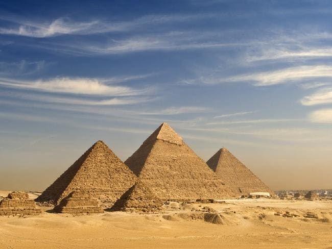 Мистеријата за пирамидите во Гиза