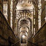 Мистерија на Париските Катакомби – царството на мртвите!